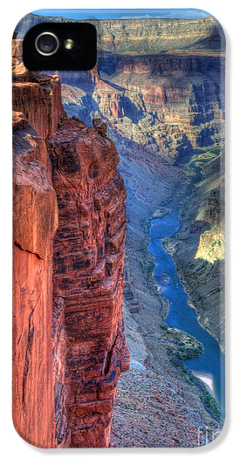 Grand Canyon IPhone 5 / 5s Case featuring the photograph Grand Canyon Awe Inspiring by Bob Christopher
