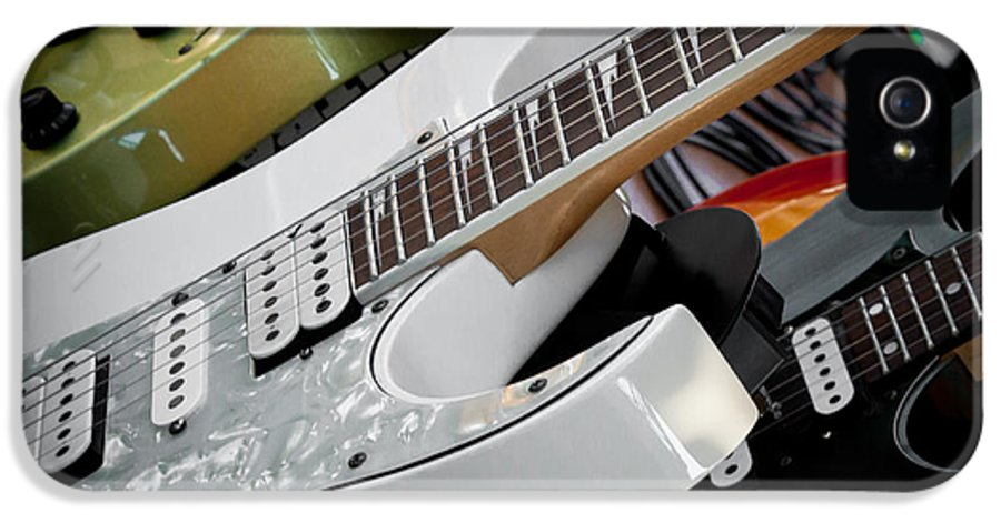 The Kingpins IPhone 5 / 5s Case featuring the photograph Guitars For Play by David Patterson