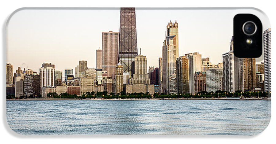 America IPhone 5 / 5s Case featuring the photograph Hancock Building And Chicago Skyline by Paul Velgos
