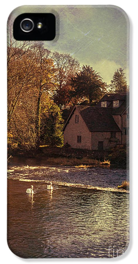 Old IPhone 5 / 5s Case featuring the photograph House On The River by Amanda And Christopher Elwell
