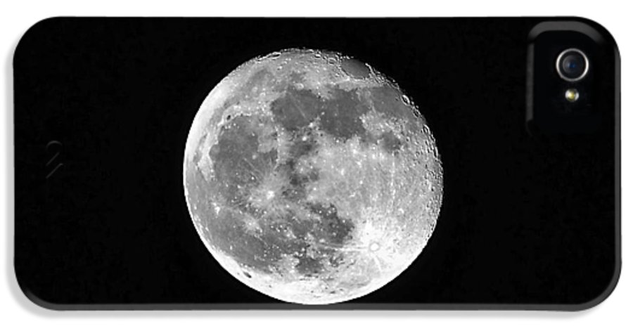 Moon IPhone 5 / 5s Case featuring the photograph Hunters Moon by Al Powell Photography USA