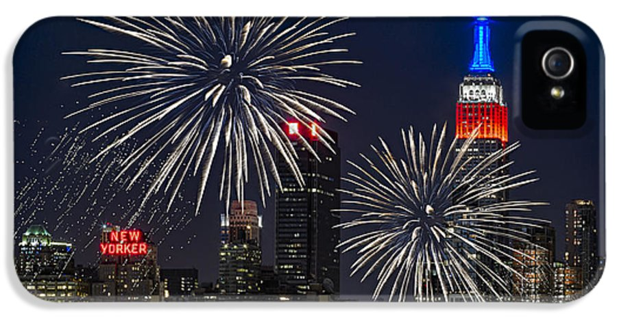 4th Of July IPhone 5 / 5s Case featuring the photograph Independence Day by Eduard Moldoveanu