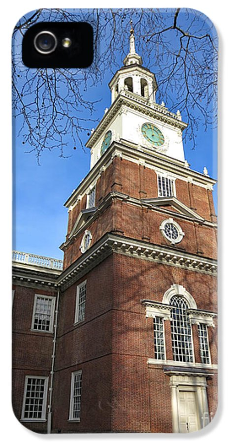 Philadelphia IPhone 5 / 5s Case featuring the photograph Independence Hall Bell Tower by Olivier Le Queinec