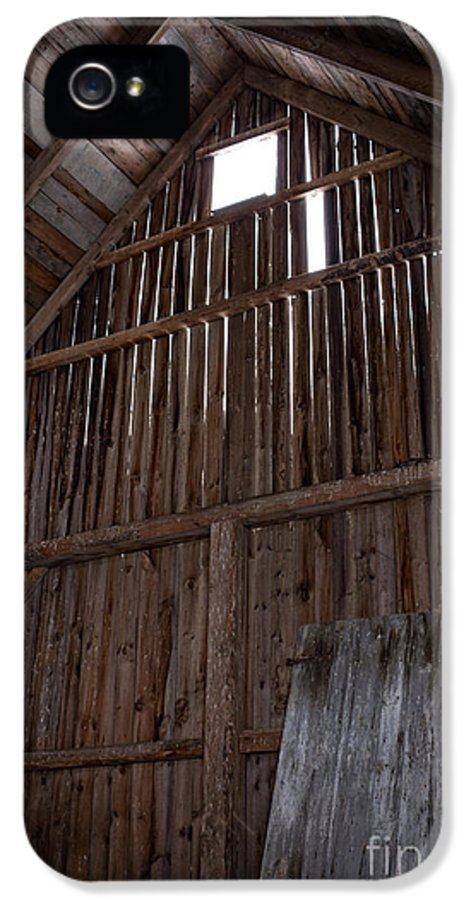 Old IPhone 5 / 5s Case featuring the photograph Inside An Old Barn by Edward Fielding