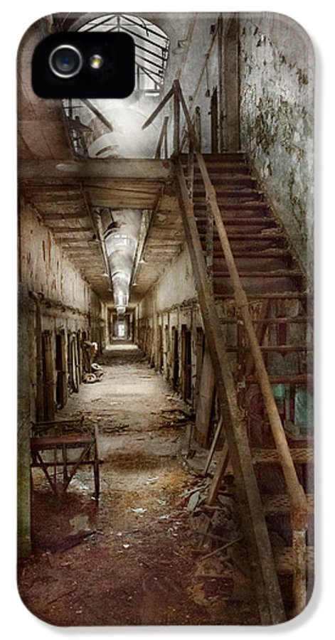Jail IPhone 5 / 5s Case featuring the photograph Jail - Eastern State Penitentiary - Down A Lonely Corridor by Mike Savad