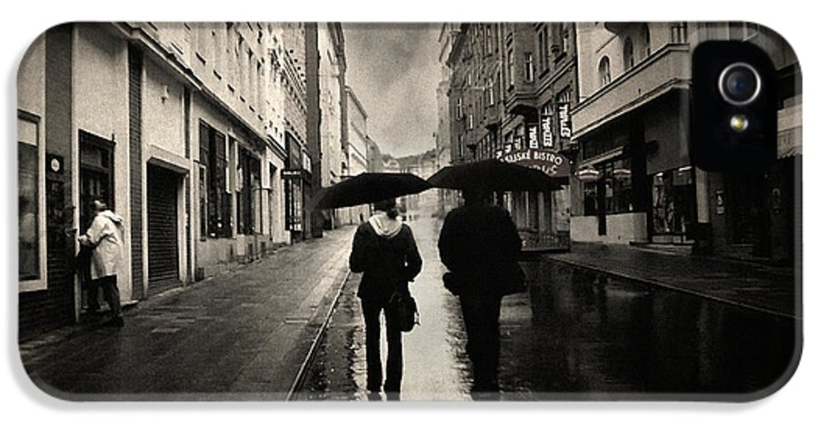 Rain Photograph IPhone 5 / 5s Case featuring the photograph Koblizna by Taylan Soyturk