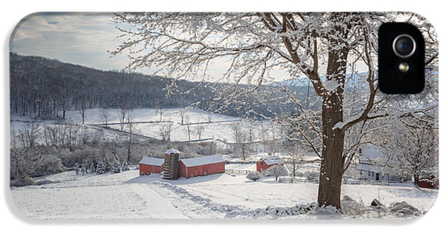Winter IPhone 5 / 5s Case featuring the photograph New England Winter Farms Morning by Bill Wakeley