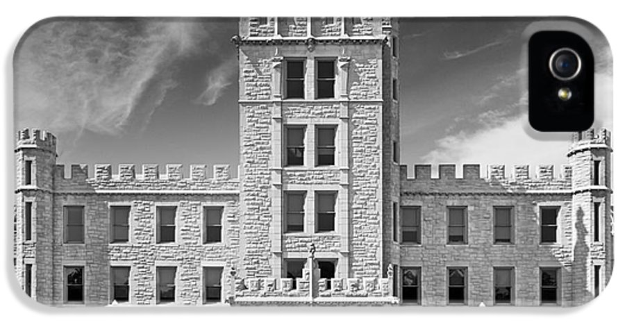Altgeld Hall IPhone 5 / 5s Case featuring the photograph Northern Illinois University Altgeld Hall by University Icons