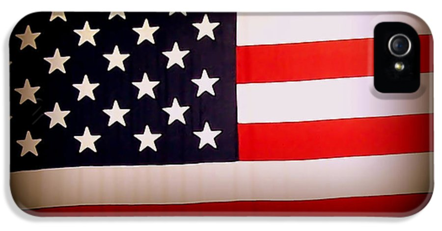 Old Glory IPhone 5 / 5s Case featuring the photograph Old Glory by Ernie Echols