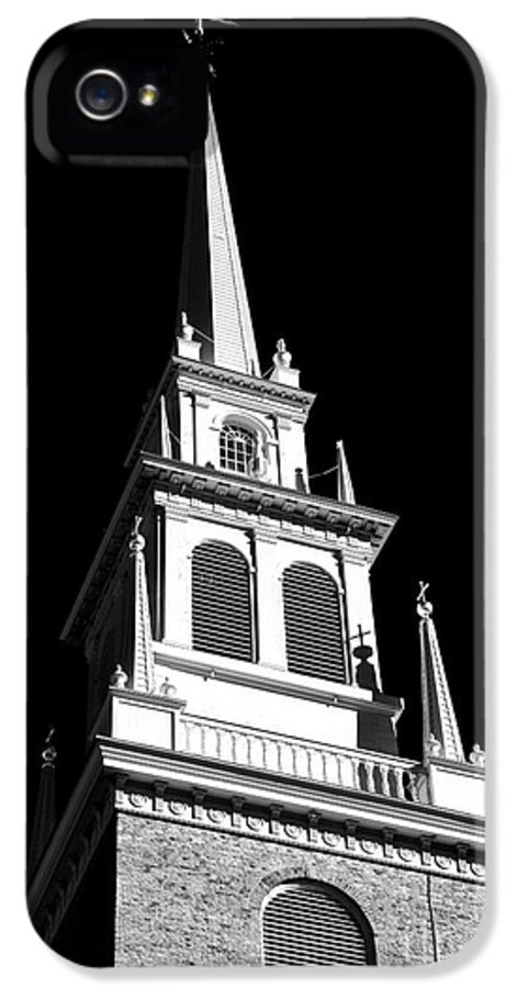Old North Church Star IPhone 5 / 5s Case featuring the photograph Old North Church Star by John Rizzuto
