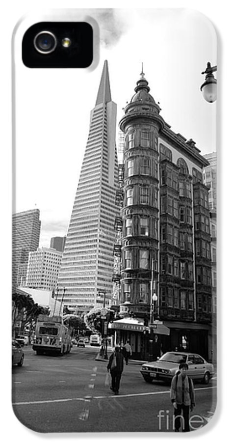 Transamerica IPhone 5 / 5s Case featuring the photograph Old Sentinel - New Transamerica by David Bearden