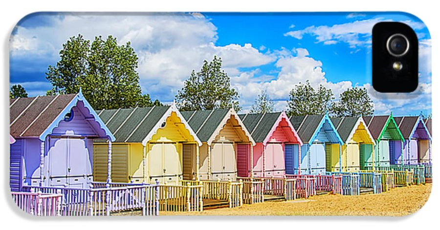Beach Huts Canvas IPhone 5 / 5s Case featuring the photograph Pastel Beach Huts by Chris Thaxter