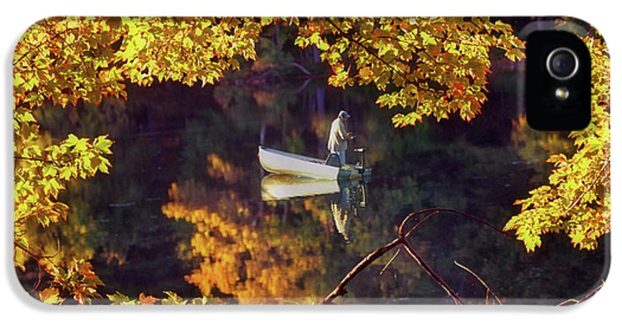 New England IPhone 5 / 5s Case featuring the photograph Peace by Joann Vitali