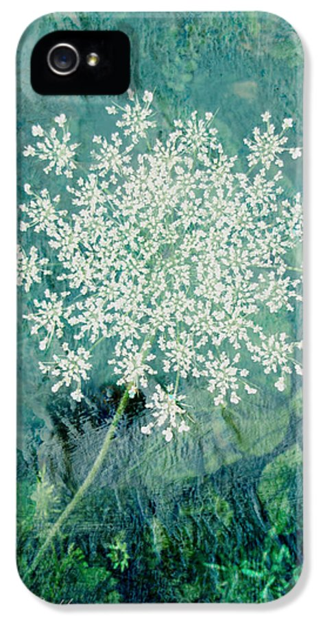 Flower IPhone 5 / 5s Case featuring the digital art Queen Anne's Lace by Ann Powell