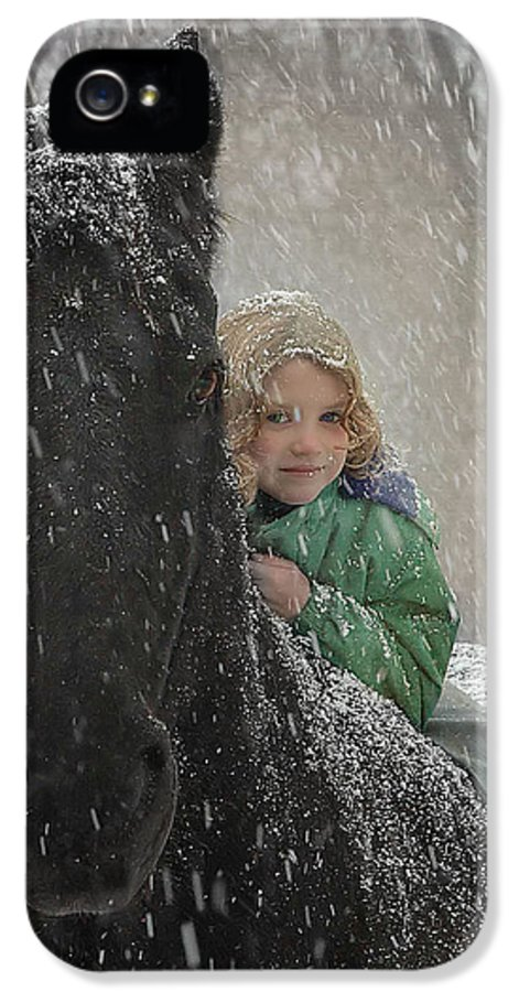 Friesian IPhone 5 / 5s Case featuring the photograph Remme And Rory by Fran J Scott