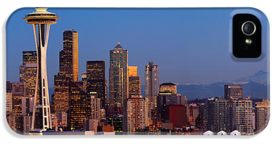 Seattle IPhone 5 / 5s Case featuring the photograph Seattle Winter Evening Panorama by Inge Johnsson