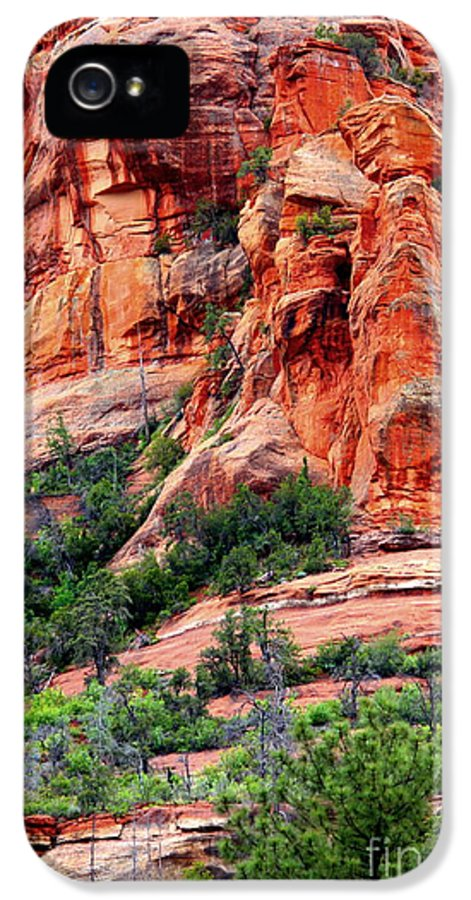 Sedona IPhone 5 / 5s Case featuring the photograph Sedona Perspective by Carol Groenen