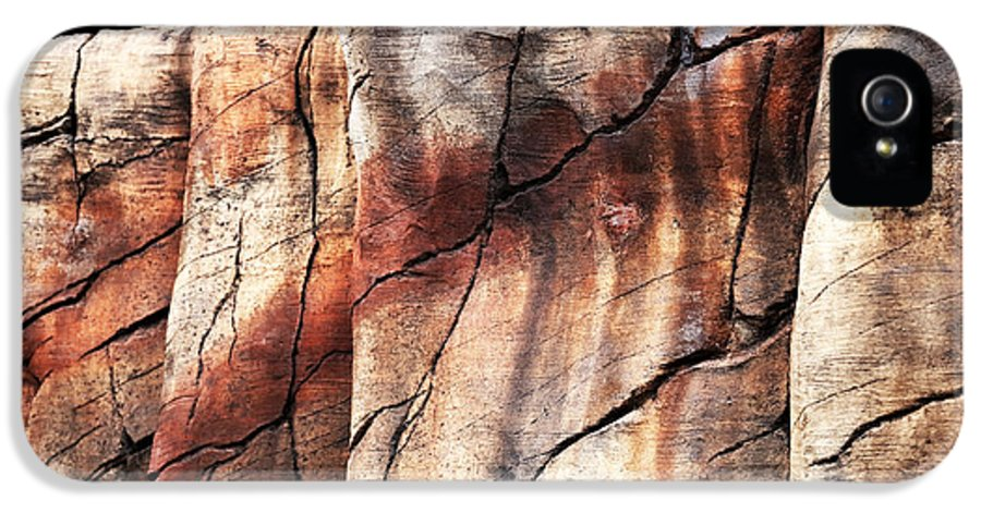 Sedona Red Rocks IPhone 5 / 5s Case featuring the photograph Sedona Red Rocks II by John Rizzuto