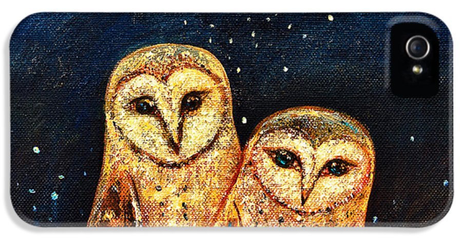 Owl IPhone 5 / 5s Case featuring the painting Starlight Owls by Shijun Munns