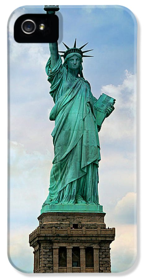 Statue IPhone 5 / 5s Case featuring the photograph Statue Of Liberty by Stephen Stookey