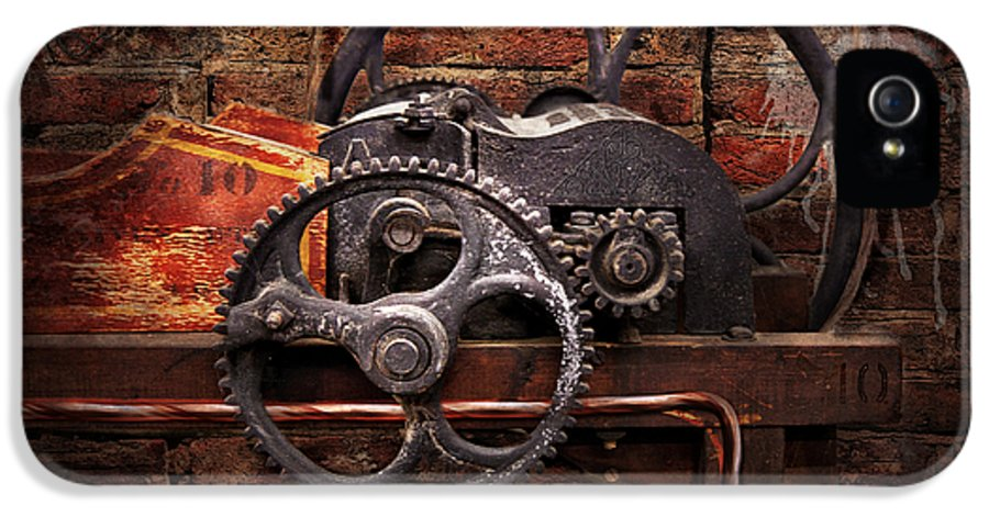 Hdr IPhone 5 / 5s Case featuring the digital art Steampunk - No 10 by Mike Savad