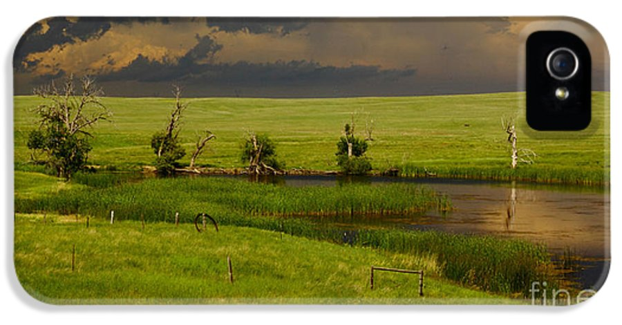 Barn IPhone 5 / 5s Case featuring the photograph Storm Crossing Prairie 1 by Robert Frederick