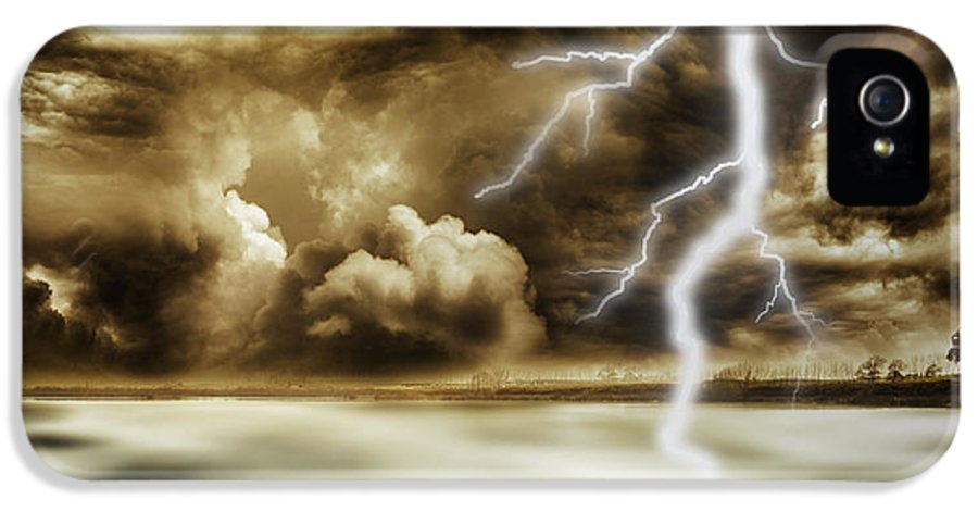 Sky IPhone 5 / 5s Case featuring the photograph Storm by Les Cunliffe