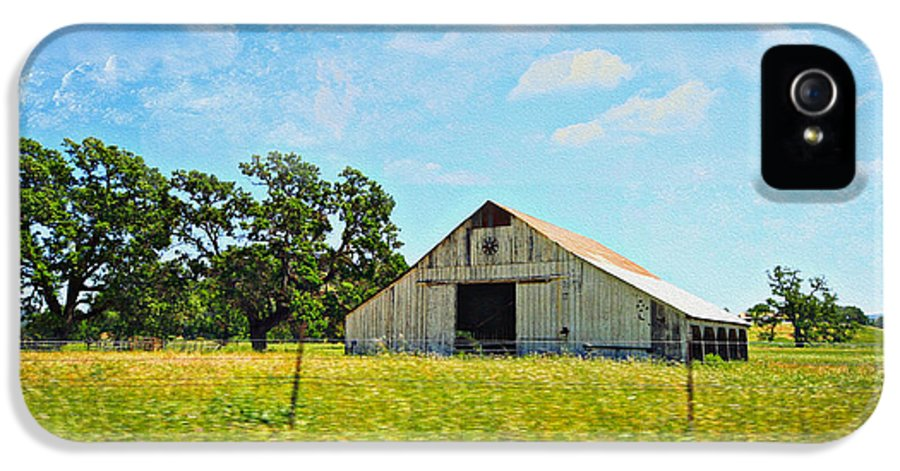Old Barns IPhone 5 / 5s Case featuring the photograph The Barn by Cheryl Young