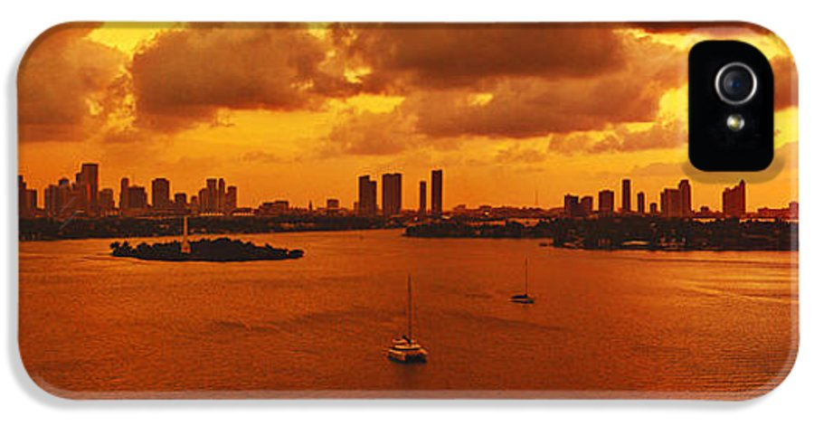 Panorama IPhone 5 / 5s Case featuring the photograph The Color Of Passion by Michael Guirguis