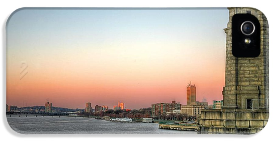 Longfellow Bridge IPhone 5 / 5s Case featuring the photograph The Longfellow Bridge by JC Findley