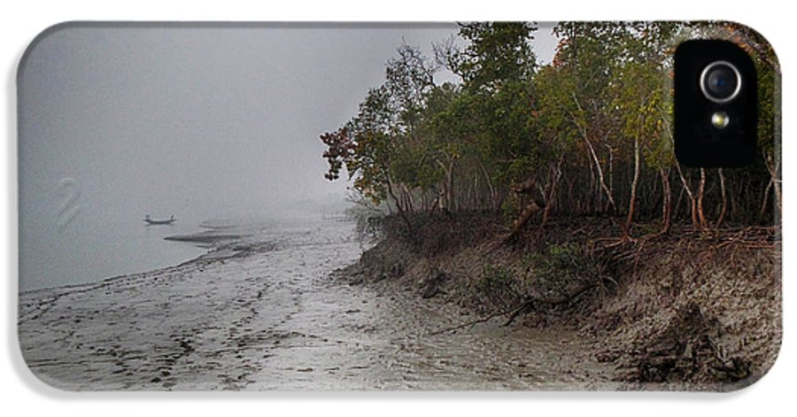 Mangrove IPhone 5 / 5s Case featuring the photograph The Shining Mangrove by Kingshuk Mondal