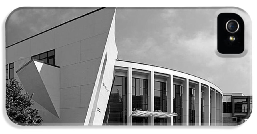 Aau IPhone 5 / 5s Case featuring the photograph University Of Minnesota Regis Center For Art by University Icons