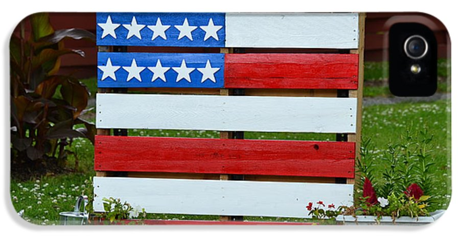 Flag IPhone 5 / 5s Case featuring the photograph Usa Flag by Kim Stafford