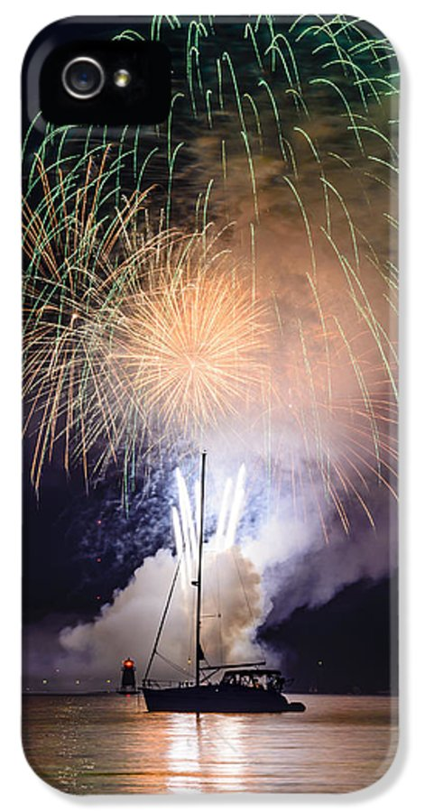 Fireworks IPhone 5 / 5s Case featuring the photograph Vermont Fireworks by Randall Bertrand