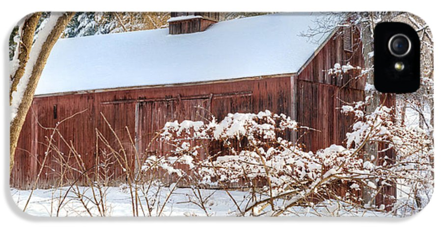 Winter IPhone 5 / 5s Case featuring the photograph Vintage New England Barn by Bill Wakeley