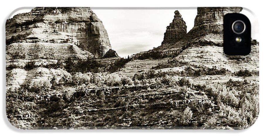 Vintage Oak Creek Canyon IPhone 5 / 5s Case featuring the photograph Vintage Oak Creek Canyon by John Rizzuto