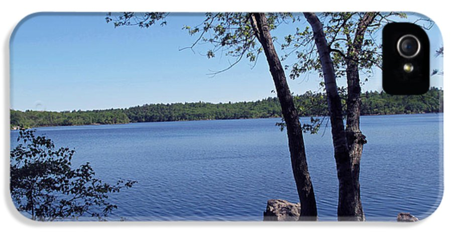 Pond IPhone 5 / 5s Case featuring the photograph Walden Pond Saugus Ma by Barbara McDevitt