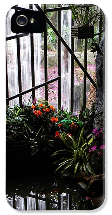 Waterfall Color IPhone 5 / 5s Case featuring the photograph Waterfall Color by Warren Thompson