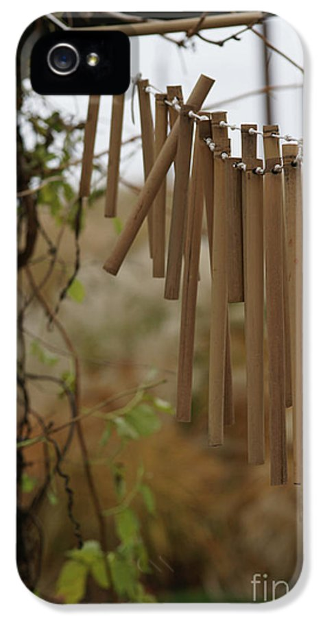 Wind Chime IPhone 5 / 5s Case featuring the photograph Wind Song - 3 by Linda Knorr Shafer