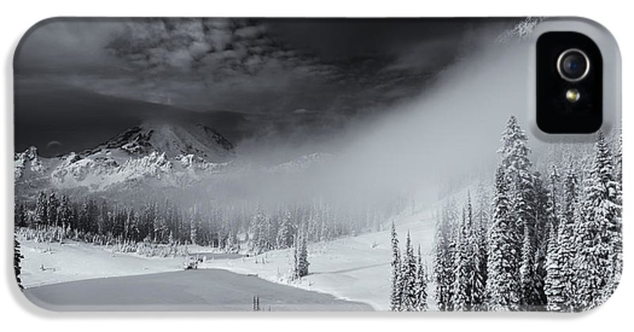 Winter IPhone 5 / 5s Case featuring the photograph Winter Storm Clears by Mike Dawson