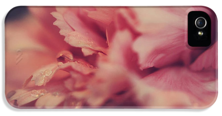 Flowers IPhone 5 / 5s Case featuring the photograph With A Fluttering Heart by Laurie Search