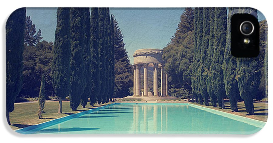 Pulgas Water Temple IPhone 5 / 5s Case featuring the photograph Worship by Laurie Search