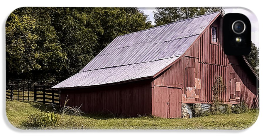 West Virginia IPhone 5 / 5s Case featuring the photograph Wv Barn by Gena Weiser