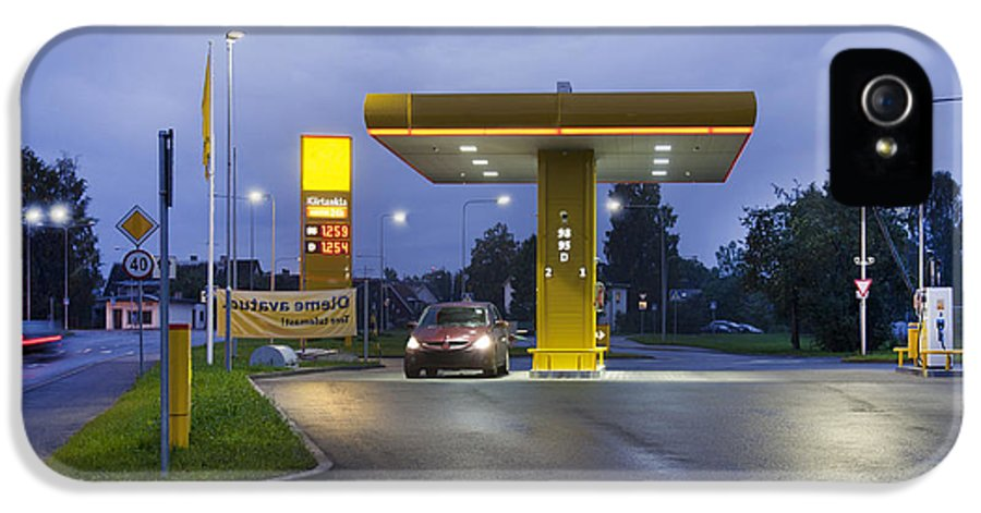 Business IPhone 5 / 5s Case featuring the photograph Estonian Gas Station At Night by Jaak Nilson
