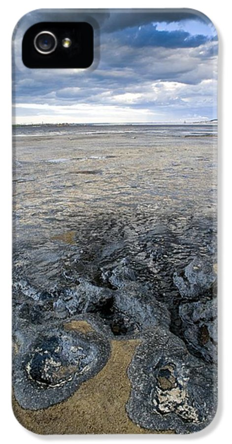 Pollution IPhone 5 / 5s Case featuring the photograph Oil Industry Pollution by David Nunuk