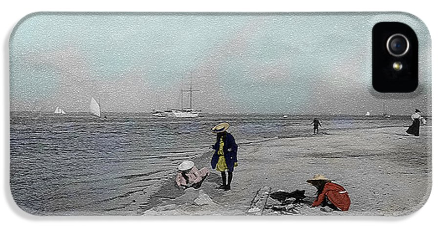 Victorian IPhone 5 / 5s Case featuring the photograph At The Beach by Andrew Fare