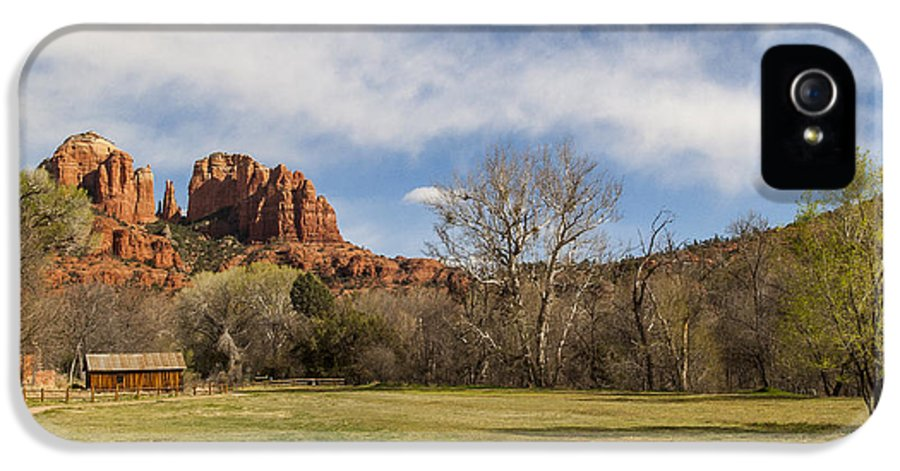 Cathedral Rock IPhone 5 / 5s Case featuring the photograph Cathedral Rock From The Park by Darcy Michaelchuk
