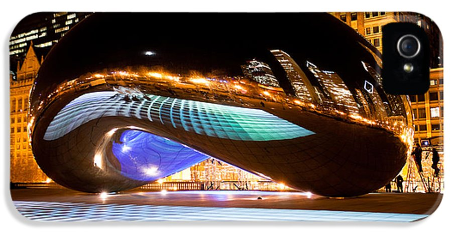 2012 IPhone 5 / 5s Case featuring the photograph Chicago Cloud Gate Luminous Field by Paul Velgos