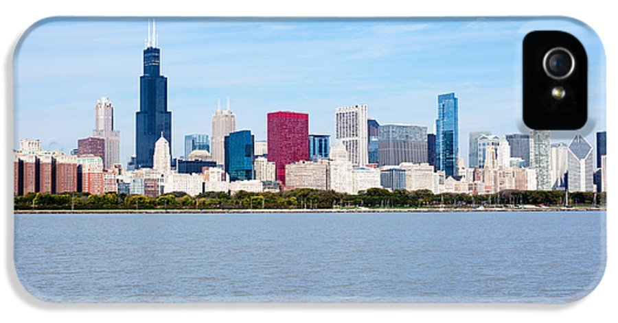 America IPhone 5 / 5s Case featuring the photograph Chicago Skyline by Paul Velgos