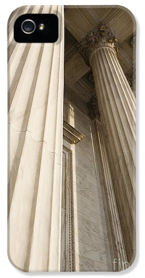 American History IPhone 5 / 5s Case featuring the photograph Columns Of The Supreme Court by Roberto Westbrook